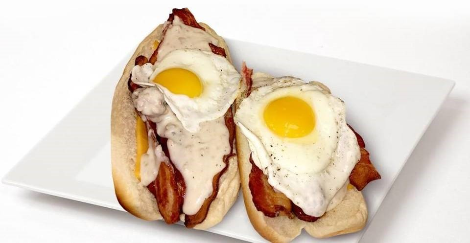 EGG & SAUSAGE HOT DOG