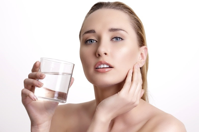 Drink water for healthy skin