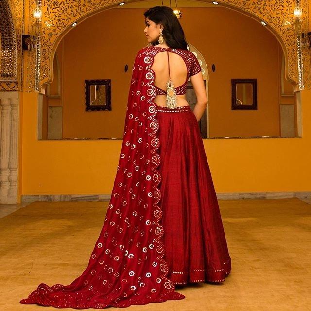 Bridal Lehenga Backless Blouse Desing